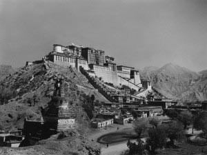 Palacio-Potala-antes-de-la-invasion-china