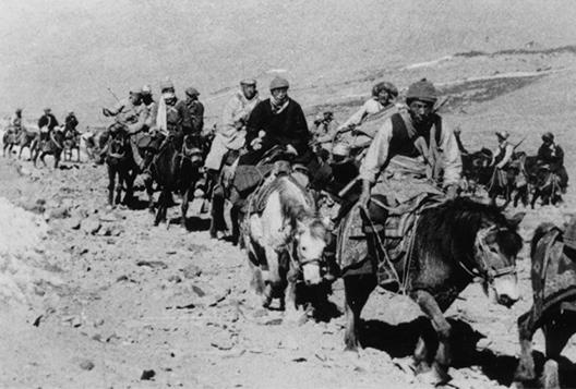 Escape-del-Tibet-a-la-India-Dalai-Lama