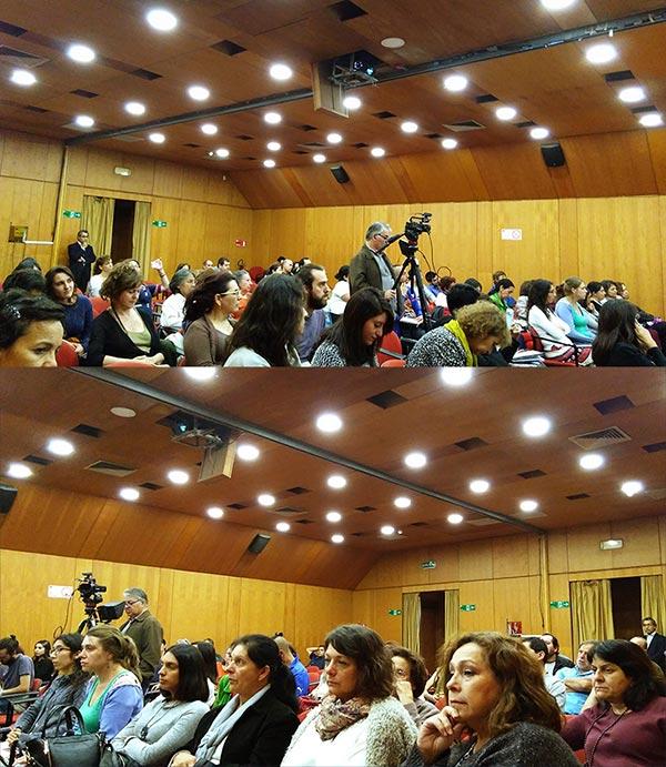 conferencia-publica-santiago-asistentes