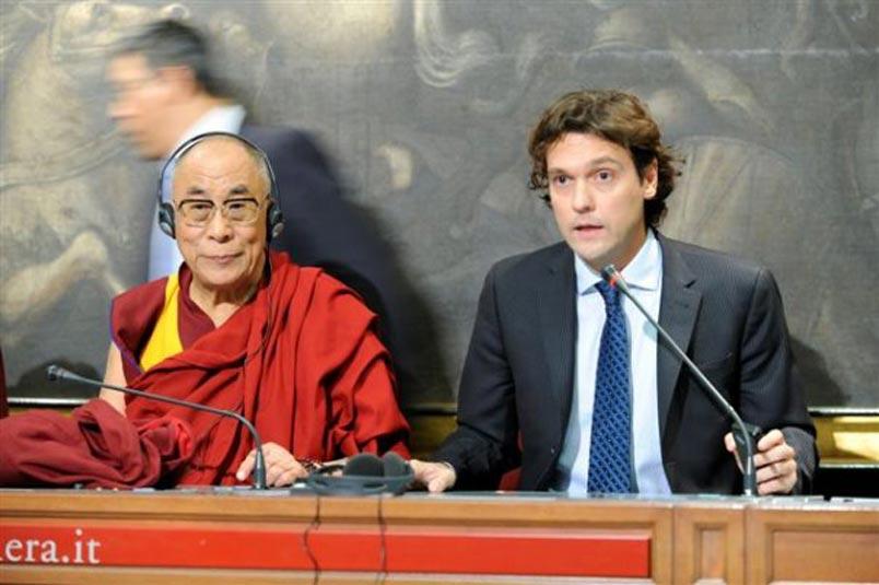 Presidente-ICT-junto-al-Dalai-Lama_Panel