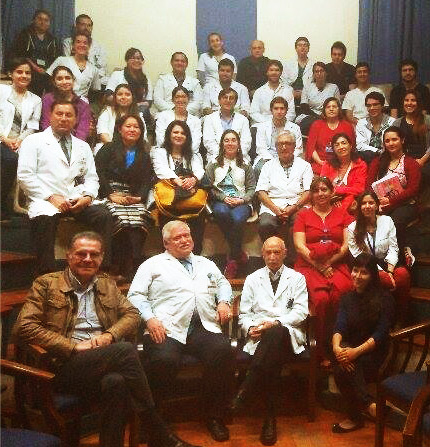 medicos-asistentes-conferencia-hospital-u-chile
